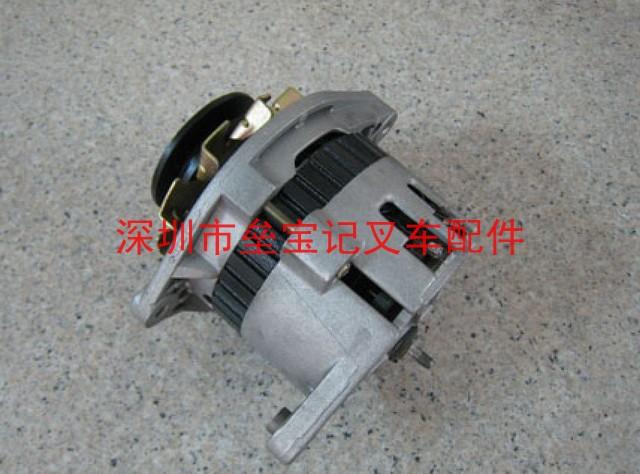 叉车发电机的工作原理:和启动机一样在定子铁芯槽内